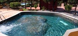 Hydro-massage swimming pool
